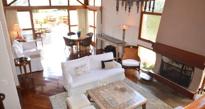 Oportunidade! Casa à venda no Capivari!