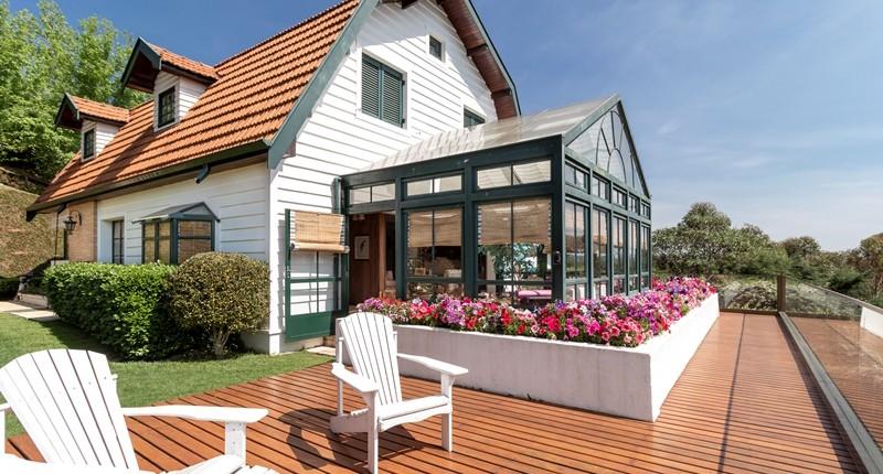 Old New House – Reformas, ampliações e um novo projeto de interiores deixaram essa casa antiga atual